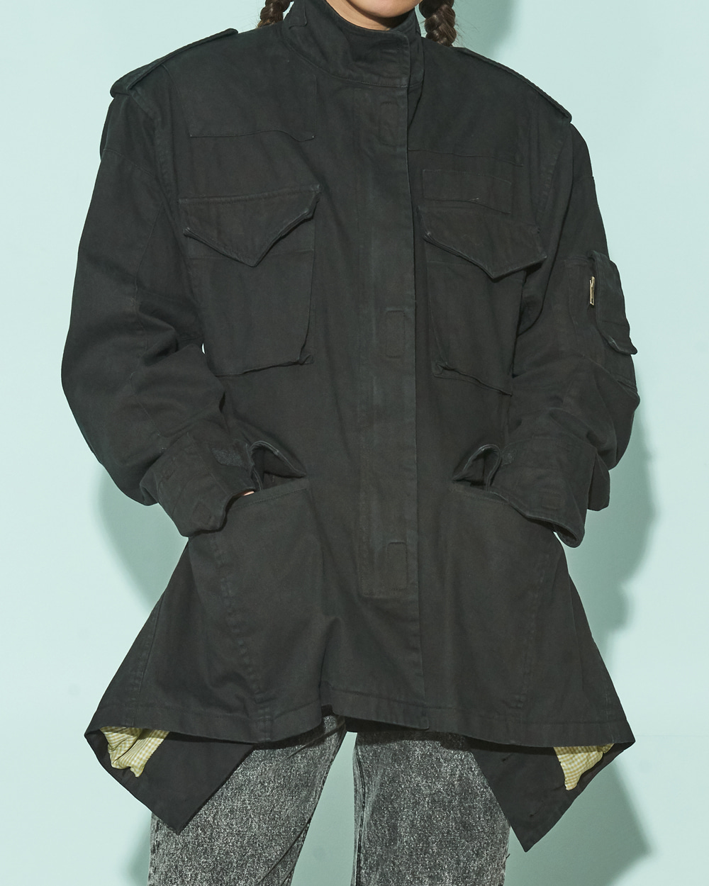 CUTOUT POINT CARGO JACKET