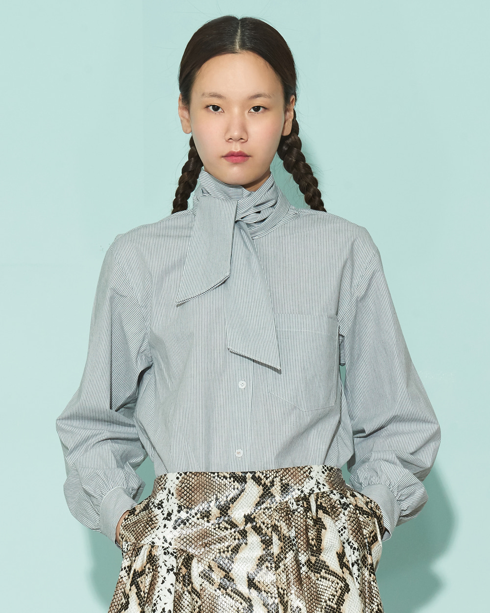 FW19 PUSSYBOW POINT SHIRT